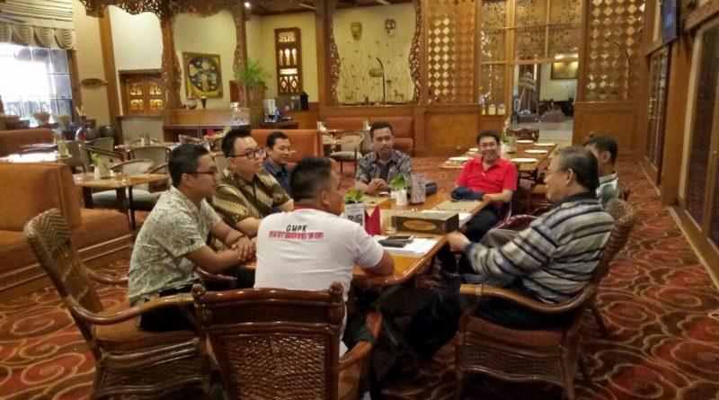 Sharing Bibit Samad Rianto Bersama Kompasser Sumenep dan Surabaya
