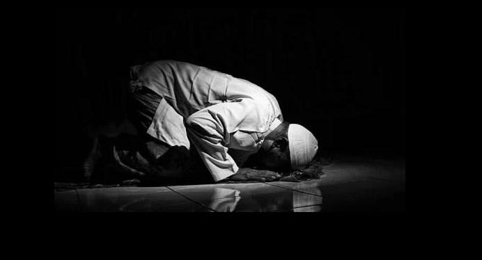 Benahi sholatmu perbaiki sholatmu maka Allah akan memperbaiki hidupmu