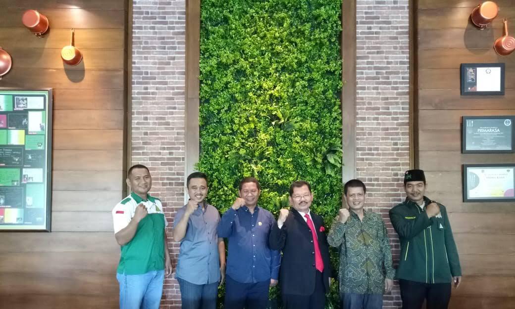 Muhammad Idham Azhari dan KOMPASSERS Nusantara makan pagi bersama di Resto Primarasa